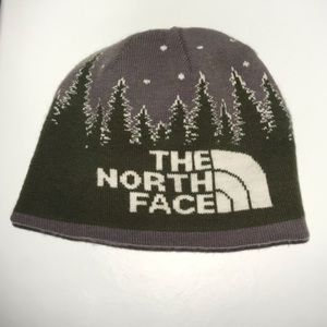 The North Face reversible kids evergreen hat